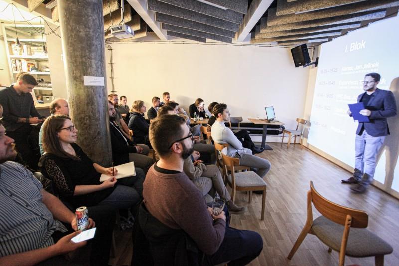 Jak expandovat s e-shopem do zahraničí? Modrý duch pozval 7odborníků české e‑commerce